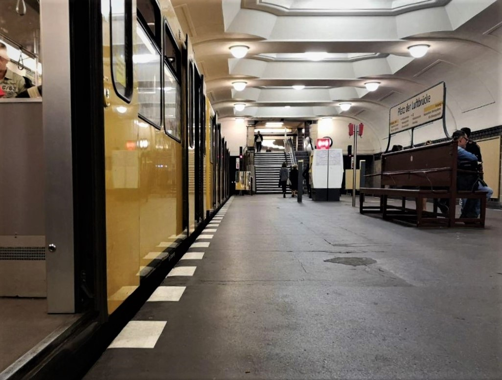 Barrierefreiheit an berliner U-Bahnhöfen